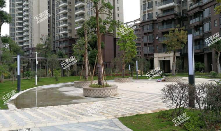 《华翠花园》小区实景图7