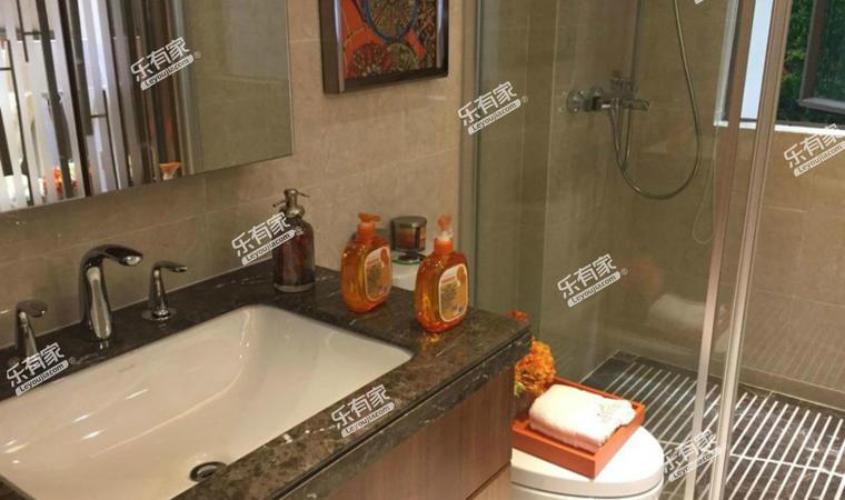 博雅滨江花园洗手间