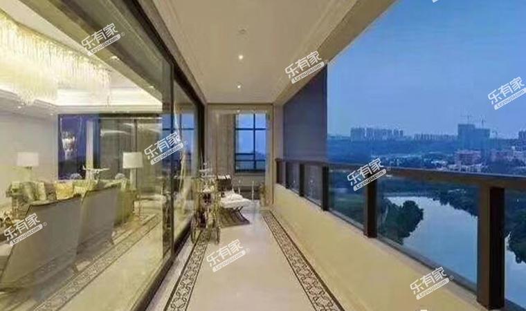 海骏达广场阳台