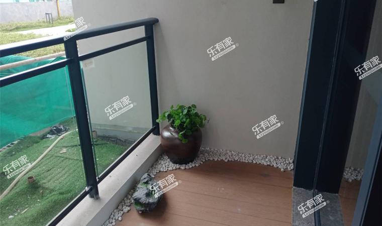 君华天第家园阳台