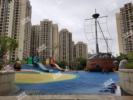 卓越东部蔚蓝海岸花园一期实景图