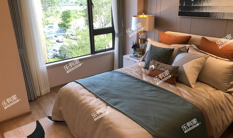 佳兆业东江熙园卧室2