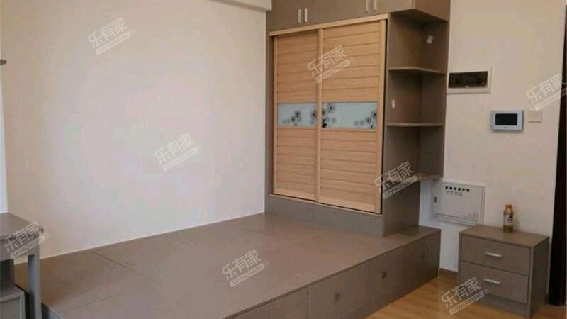 盈滨半岛花园南精装1室1厅42m²