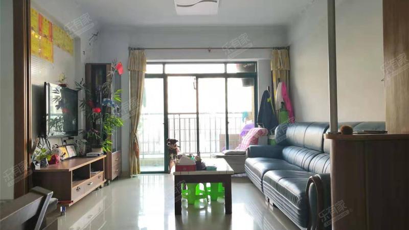胜球阳光花园客厅-1