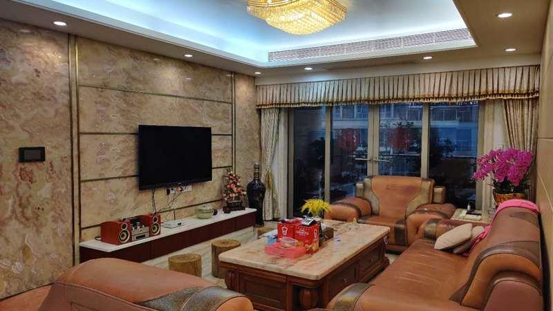龙泉华苑客厅-1