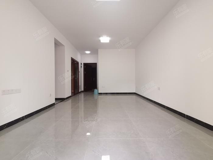 中央郡客厅-1