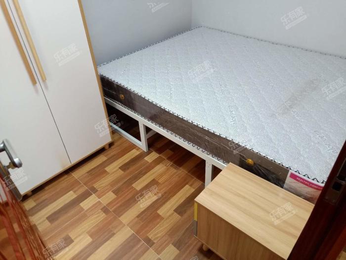 隆昌社区自建房居室-1