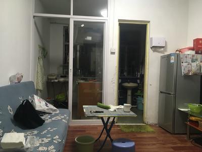 潜龙花园,精装大2房,全齐家私电,可直接拎包入住
