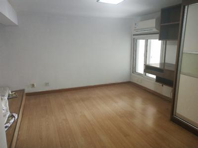 灵芝地铁口674米地铁口,配套完善.-深圳白金时代公寓租房