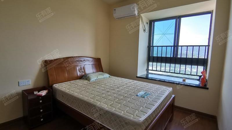 碧桂园十里银滩5室2厅4卫288㎡