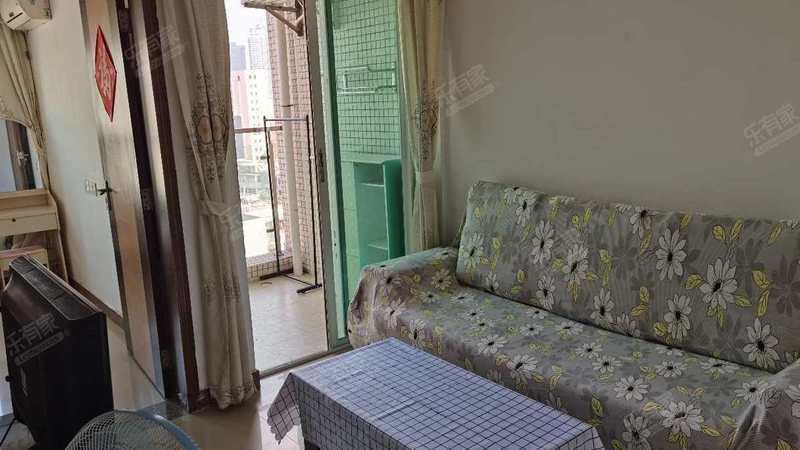 世家花园客厅-1