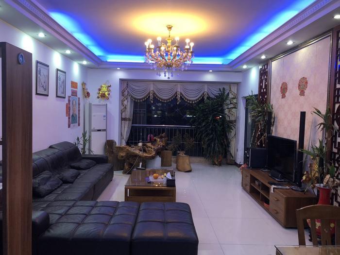盛东豪庭客厅-1