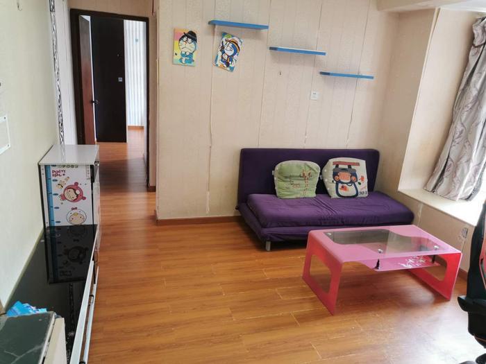 彩天名苑客厅-1