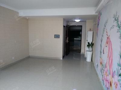 交通便利,地段繁华,楼下就是天虹商场和地铁口-深圳壹中心二手房