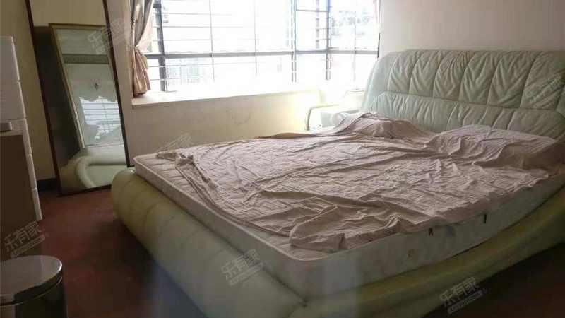 中惠沁林山庄3室2厅2卫109.81㎡