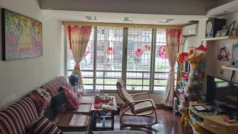 中城康桥一期客厅-2