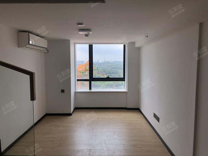 龙光玖钻客厅-1
