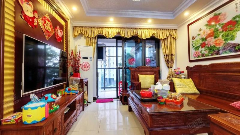 国香山花园客厅-1