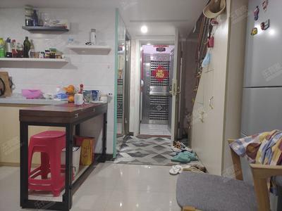 地铁口小两房,带家私,看房方便-深圳水晶之城租房