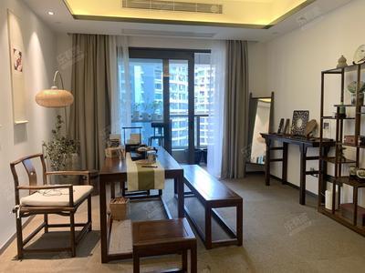 地铁口的精装三房,厅出阳台保养好,花园式公寓社区-深圳龙光玖钻二手房
