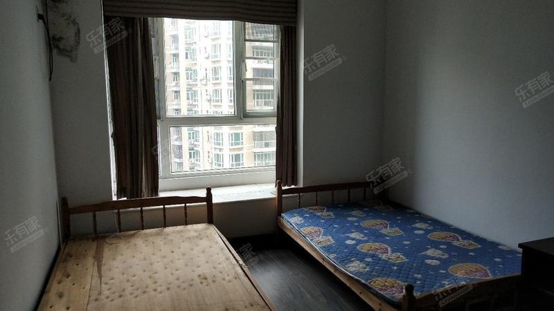 康汇花园3室2厅2卫127㎡