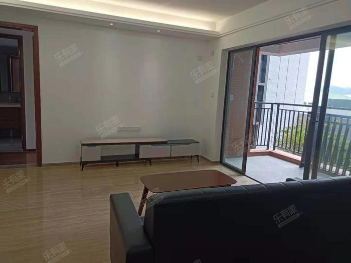 越秀滨海新城客厅-1