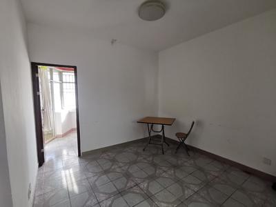 采光通风很佳早起就可以沐浴阳光,有一个小阳台户型大-深圳桃苑公寓租房