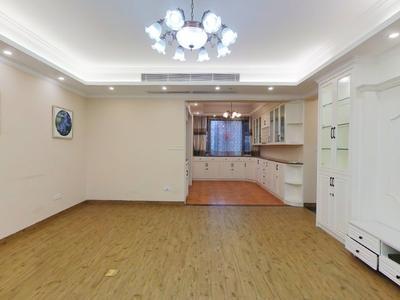 清湖地铁站,幸福城四期豪装四房子,业主诚心出租