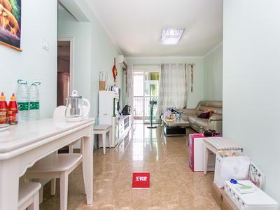 上梅林银海苑南向两房出售,厅出阳台