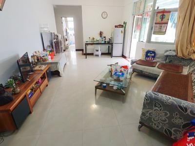 乐景花园大两房带家私出租,双阳台适合居家看花园-深圳乐景花园租房