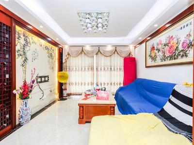 豪进山湖珺璟,东南向3房,业主诚心出售。