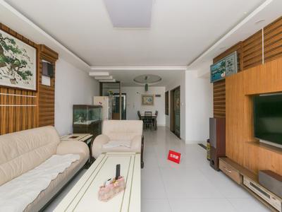 花园社区环境舒适,通风采光好,厅出阳台,通透性强。