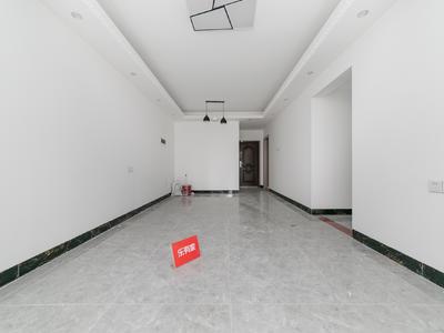 缤纷大两房诚心租.看房有钥匙.有需要可以配家私电-惠州格蓝云天名苑租房