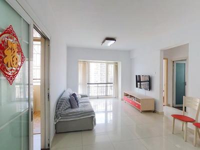 中海怡瑞山居居家两房,业主诚心出租,看房方便!