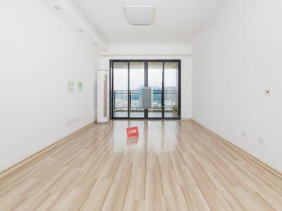 房源亮点:家私家电齐全、业主诚心出售地铁口物业、户型方正、高