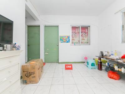 新阁小区电梯精装一房一厅出租