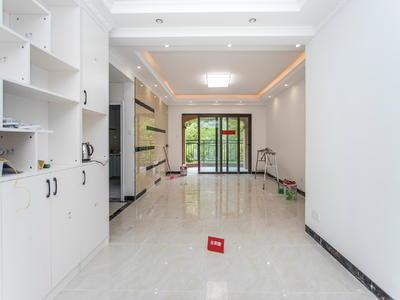 绿茵豪庭4房居家装修出租-东莞绿茵温莎堡租房