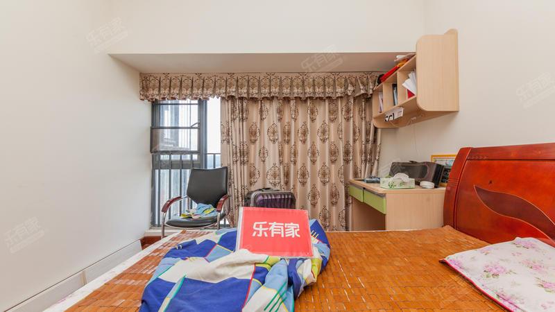 宜城风景花园南北通透3房出售