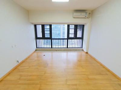 摩尔城精装两房出租,出行方便,楼下自带四层商业-深圳摩尔城租房