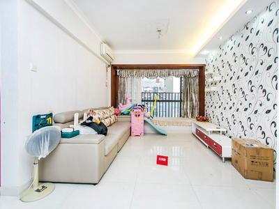 正规四房,赠送大,业主诚心出售-深圳和谐家园二手房