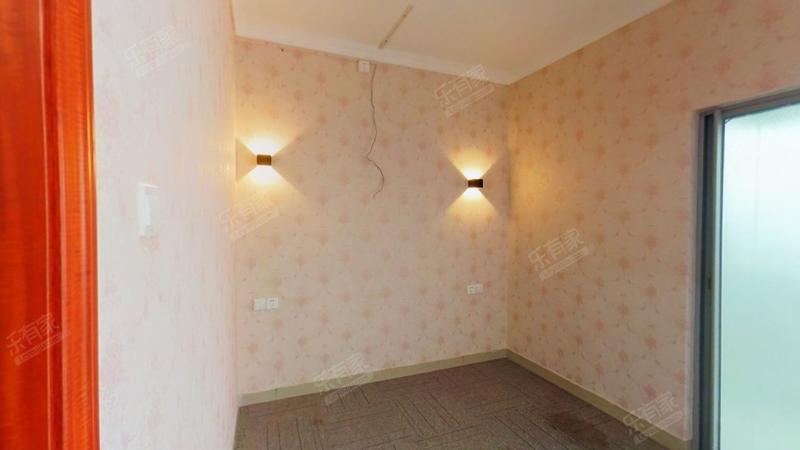 高楼层南北通透173平七房居家舒适业主诚心出售