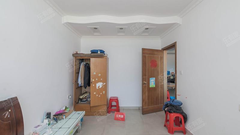 长安莲花广场2室2厅2卫120㎡