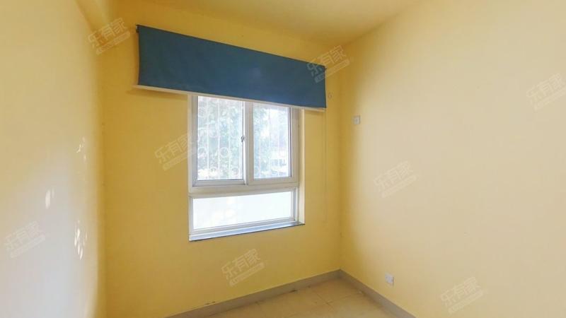 西湖苑标准3房业主诚意出售