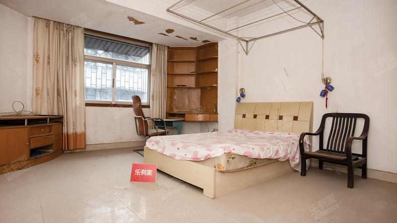惠昌楼精装3房2厅,业主急售,价格好商量