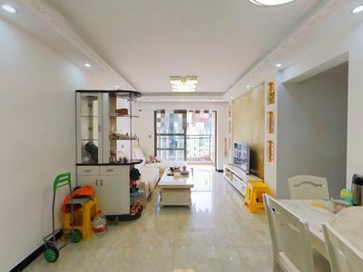龙光水悦馨园,3房2厅,赠送8个平方