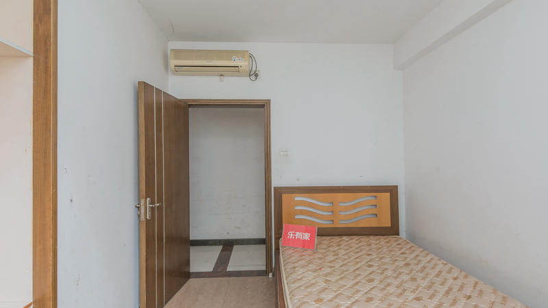 中惠山畔名城3室2厅2卫120㎡
