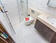 龙光玖钻厕所-2