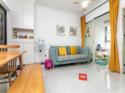 龙华刚需上车小房,业主自己住的装修-深圳苹果园二手房