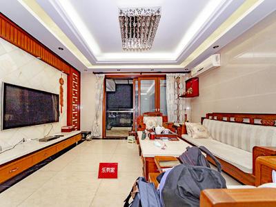 房子装修保养非常的好,采光通风也是很好的,视野很好-深圳富通城五期二手房