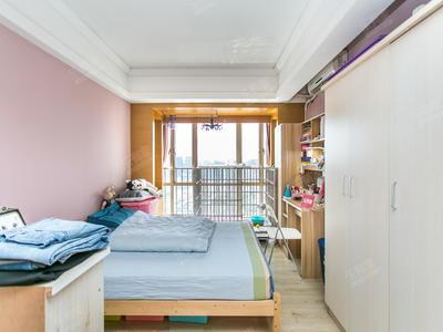 财富港精装一房,一个房本两套,满五年红本,业主诚心卖-深圳财富港大厦二手房